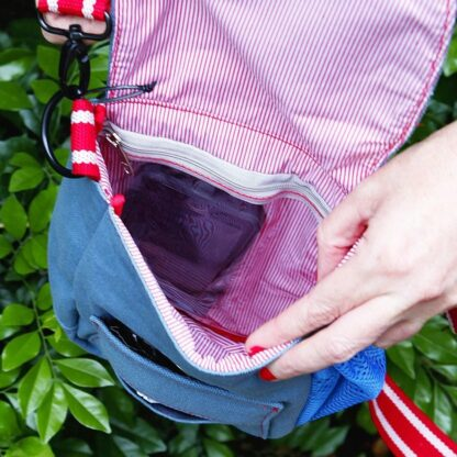 9342554000824 Doog Shoulder Bag Blue SB02
